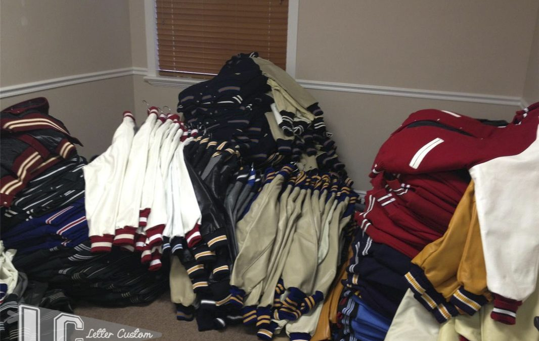 Letterman Jacket Online Buying Tips